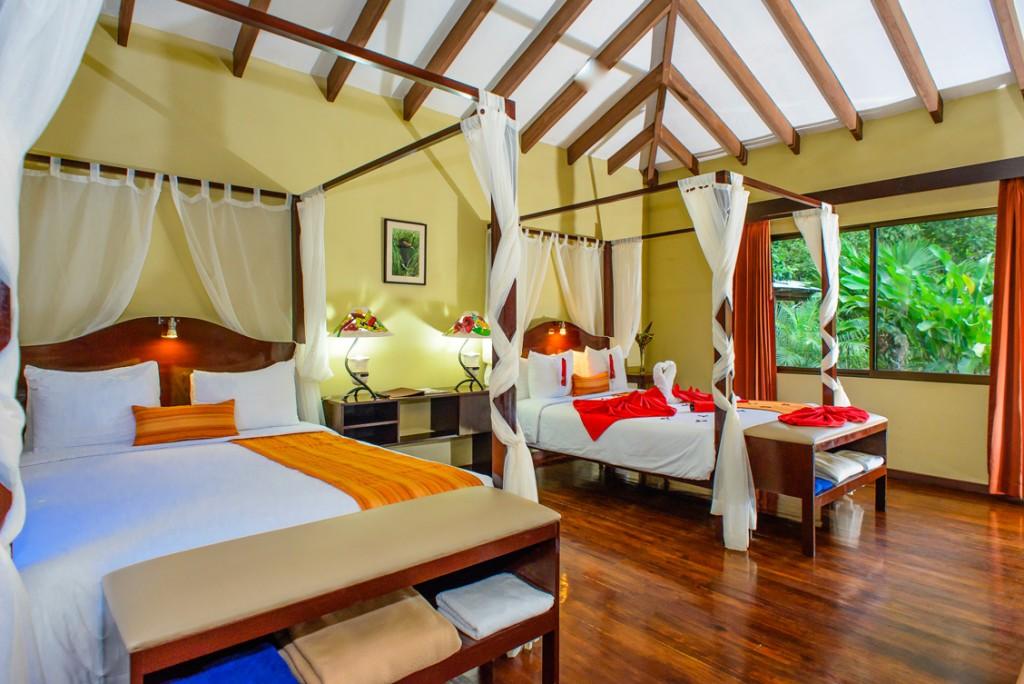 manatus-hotel-1