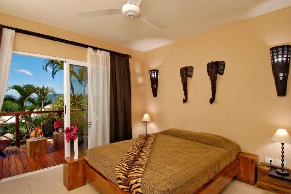 Jardin-del-Eden-Room-with-Balcon-Gay-Tamarindo